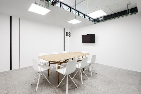会议室装修.jpg